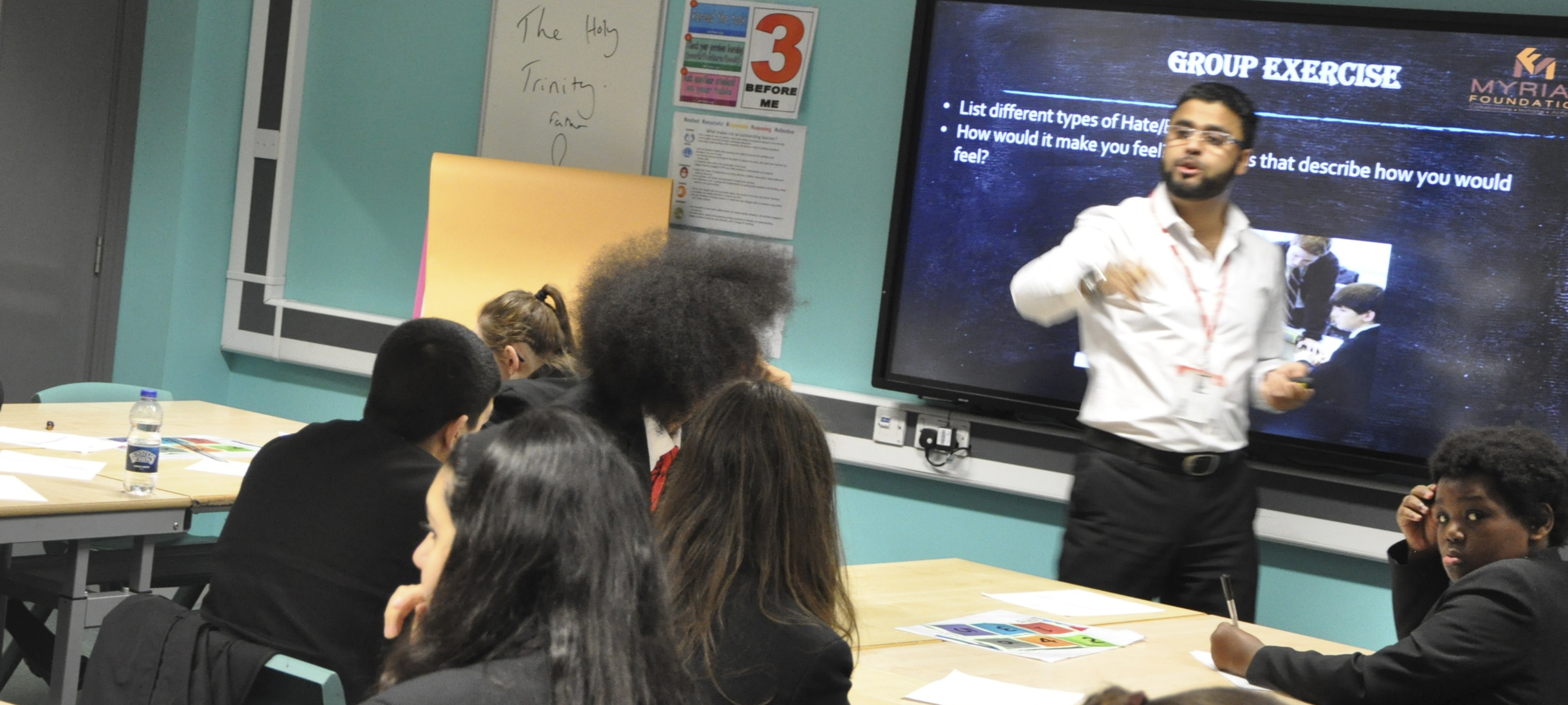 Unveiling Islam – guest speaker joins our GCSE RE lesson